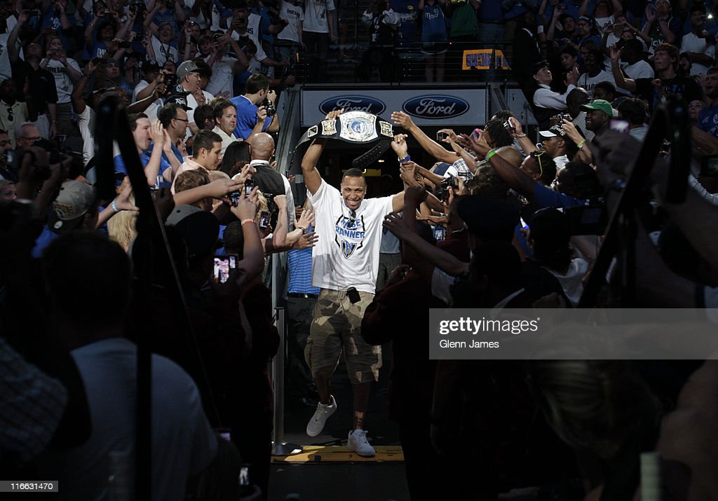 Shawn Marion of the Dallas Mavericks holds up a Mavericks 'Championship Belt' as he is introduced to the crowd during the Mavericks NBA Champion Victory Parade on June 16, 2011 at the American Airlines Center in Dallas, Texas.