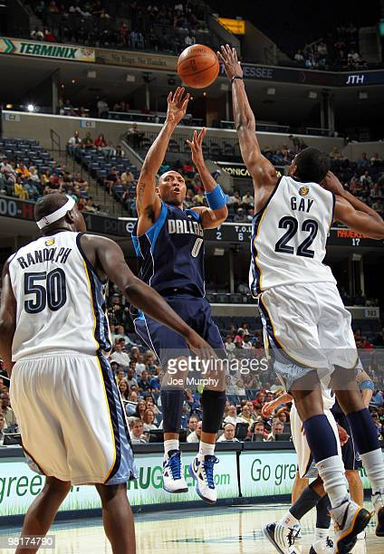 Shawn Marion of the Dallas Mavericks shoots over Rudy Gay and Zach Randolph of the Memphis Grizzlies on March 31 2010 at FedExForum in Memphis...