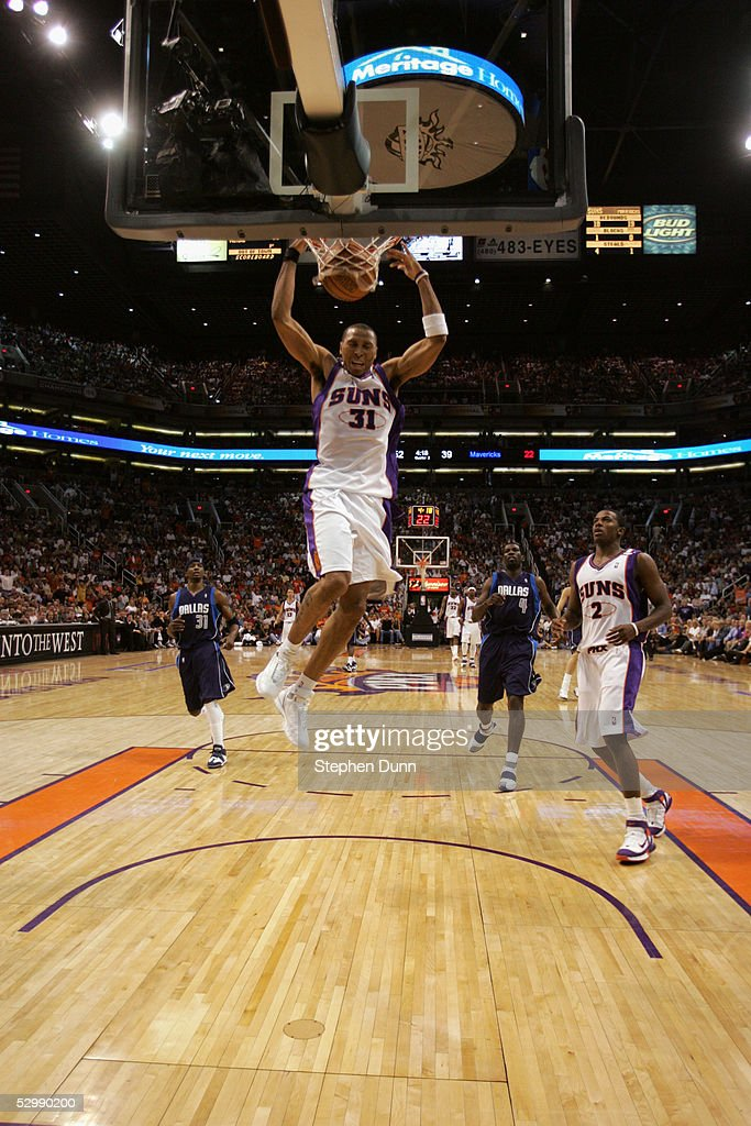 Shawn Marion #31 of the Phoenix Suns dunks against the Dallas Mavericks in Game one of the Western Conference Semifinals during the 2005 NBA Playoffs at America West Arena on May 9, 2005 in Phoenix, Arizona. The Suns won 127-102.