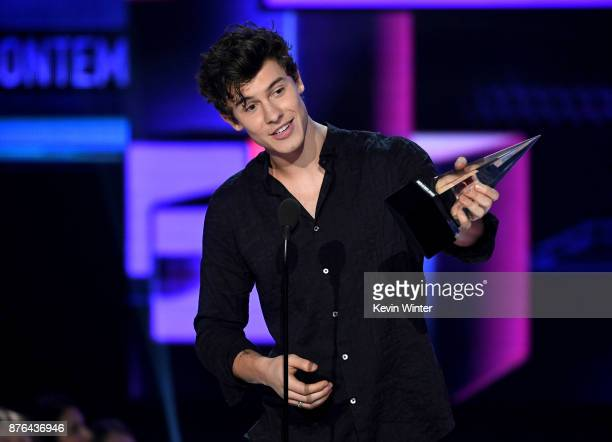 Shawn Mendes accepts the Favorite Artist Adult Contemporary award onstage during the 2017 American Music Awards at Microsoft Theater on November 19...