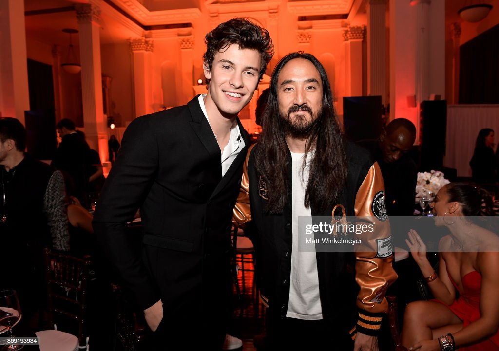 Shawn Mendes (L) and Steve Aoki attend Spotify's Inaugural Secret Genius Awards hosted by Lizzo at Vibiana on November 1, 2017 in Los Angeles, California.