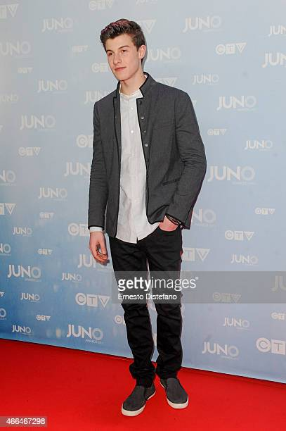 Shawn Mendes arrive at the 2015 Juno Awards at FirstOntario Centre on March 15 2015 in Hamilton Canada