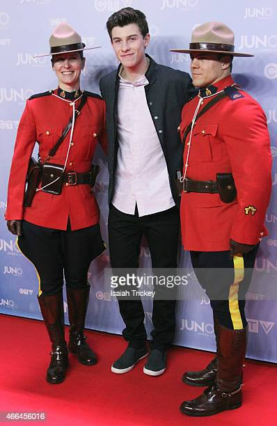 Shawn Mendes arrives at the 2015 Juno Awards at FirstOntario Centre on March 15 2015 in Hamilton Canada