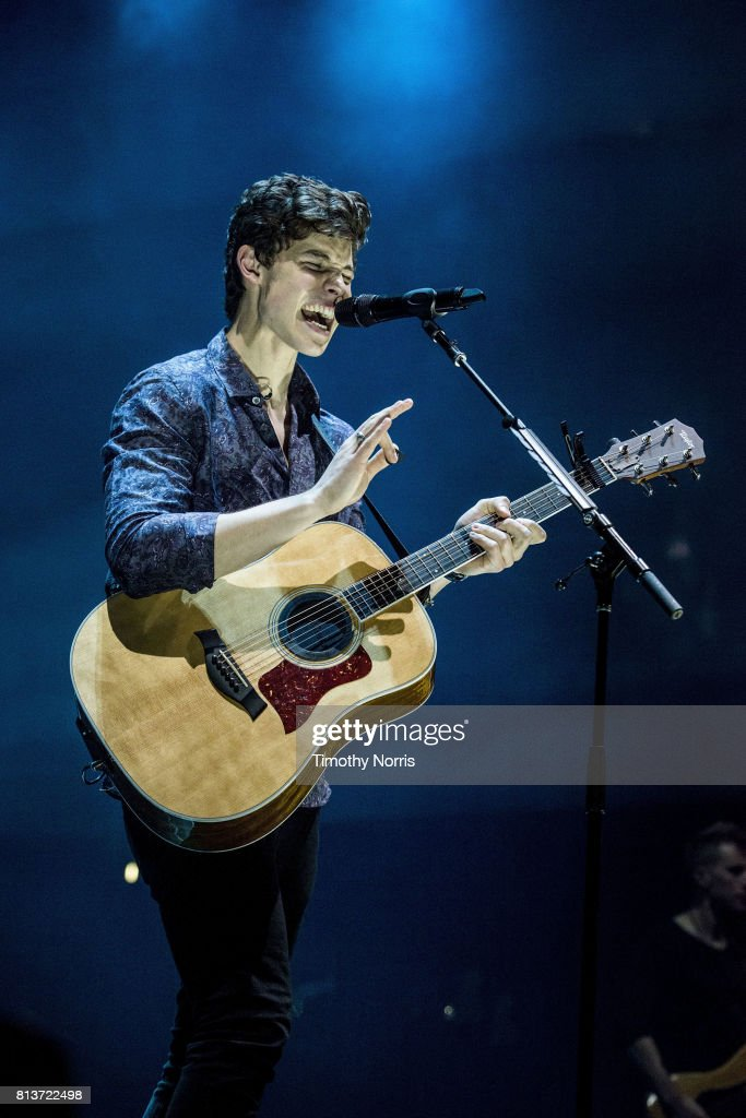 Shawn Mendes Performs At Staples Center : News Photo