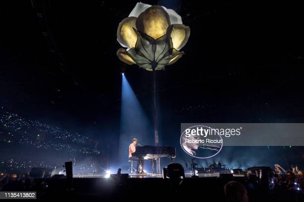 Shawn Mendes performs onstage at The SSE Hydro on April 6, 2019 in Glasgow, Scotland.