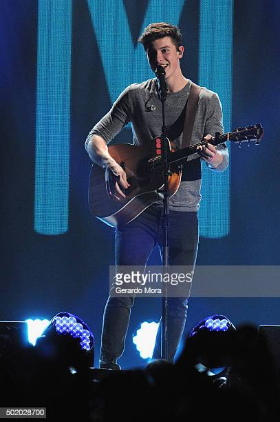Shawn Mendes performs onstage during 93.3 FLZ's Jingle Ball 2015 Presented by Capital One at Amalie Arena on December 19, 2015 in Tampa Bay, Fla.
