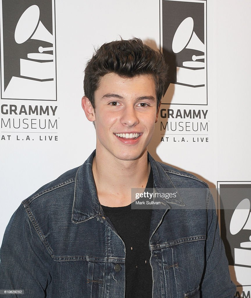 The Drop: Shawn Mendes : News Photo