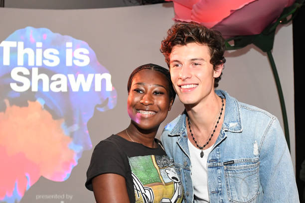 """NY: Shawn Mendes Surprises Fans At """"This Is Shawn"""" Presented By Verizon In NYC"""