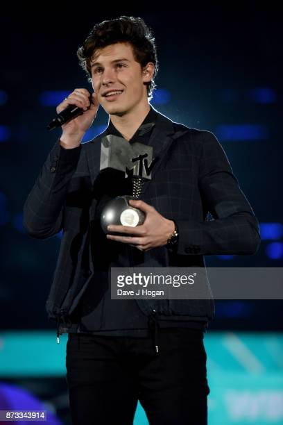 Shawn Mendez wins the award for Best Song 'There's Nothing Holdin' Me Back' at the MTV EMAs 2017 held at The SSE Arena Wembley on November 12 2017 in...