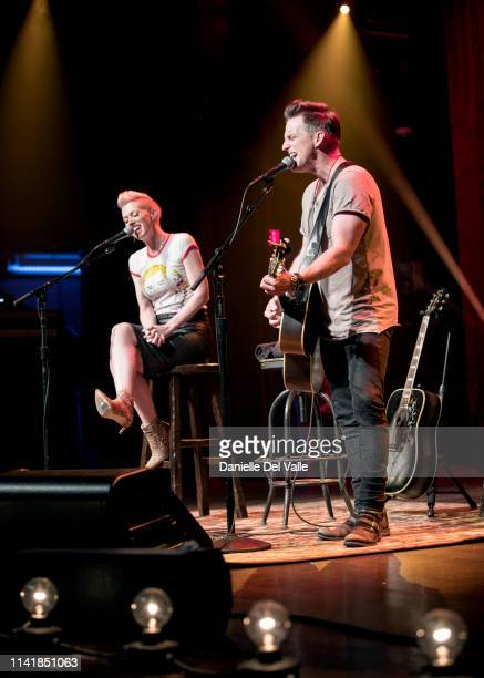Shawna and Keifer Thompson of musical duo Thompson Square perform at Franklin Theatre on May 6 2019 in Franklin Tennessee