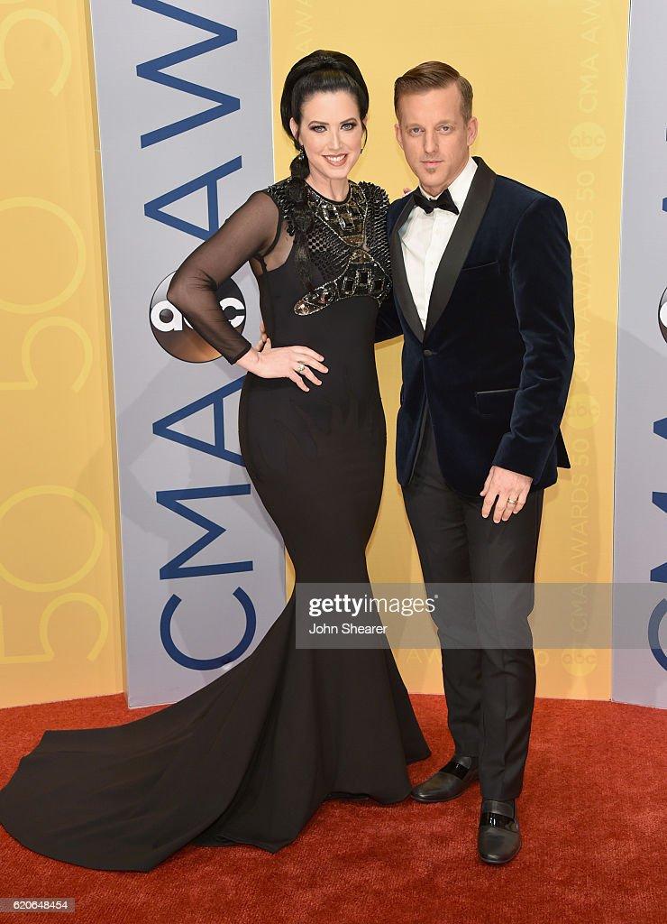The 50th Annual CMA Awards - Arrivals : News Photo