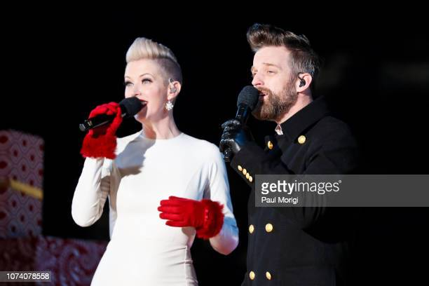 Shawna Thompson and Keifer Thompson of Thompson Square perform at the 96th annual National Christmas Tree Lighting at The Ellipse in President's Park...