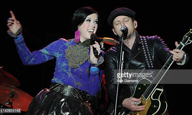 Shawna Thompson and Keifer Thompson of Thompson Square perform on Day 3 during the 2012 Arizona Country Thunder Music Festival on April 14 2012 in...