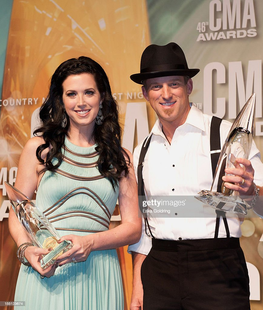 46th Annual CMA Awards - Press Room : News Photo