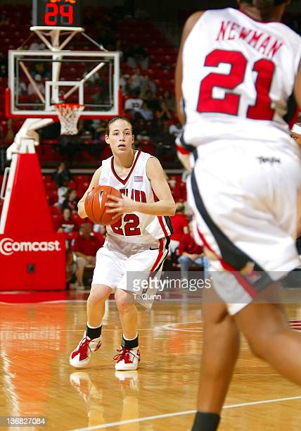 Shay Doron gets ready to pass to Ashleigh Newman during a game at Comcast Center in College Park, MAryland on January 9, 2005.