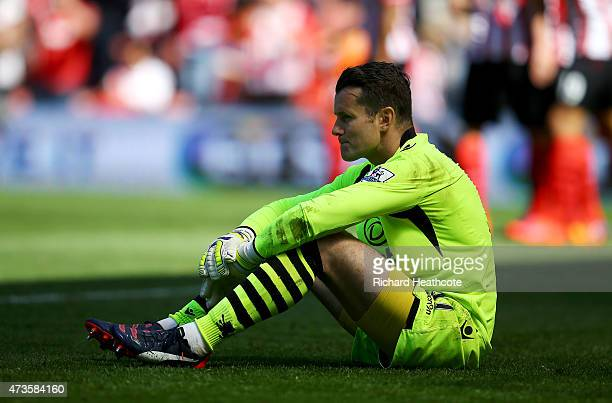 Shay Given of Aston Villa reacts after conceding the sixth goal during the Barclays Premier League match between Southampton and Aston Villa at St...
