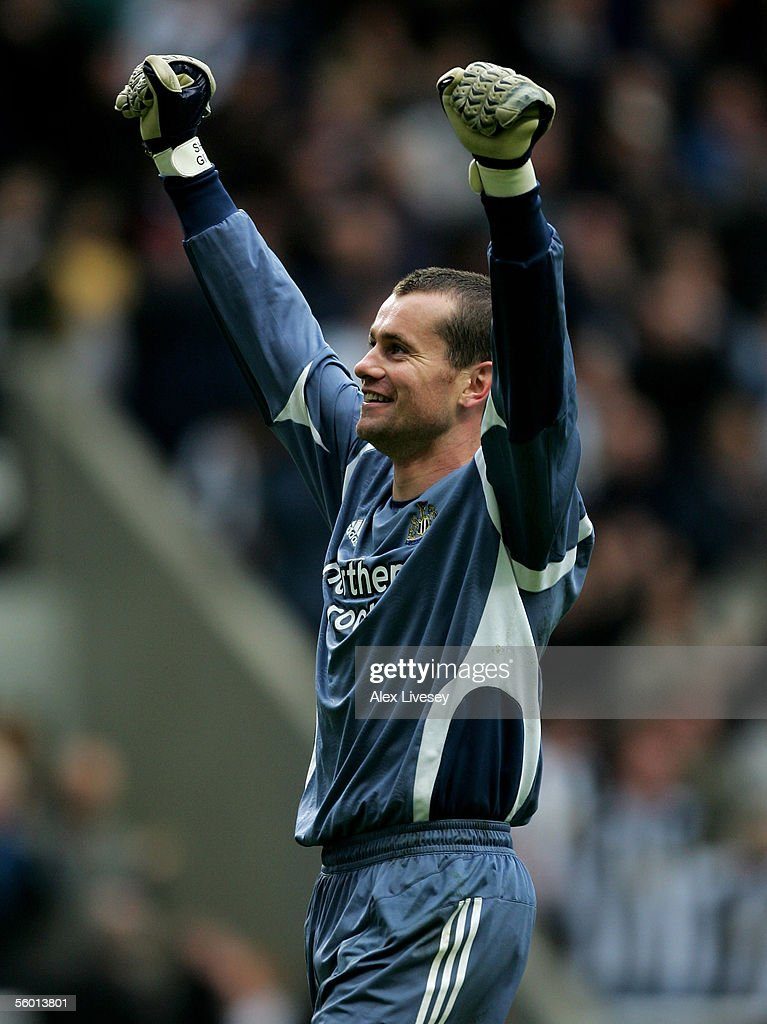 Shay Given of Newcastle United during the Barclays Premiership match between Newcastle United and Sunderland at St James' Park on October 23, 2005 in Newcastle, England.