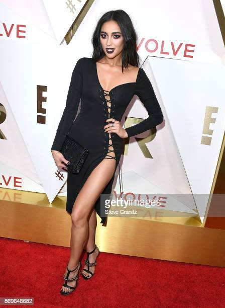 Shay Mitchell arrives at the #REVOLVEawards at DREAM Hollywood on November 2 2017 in Hollywood California