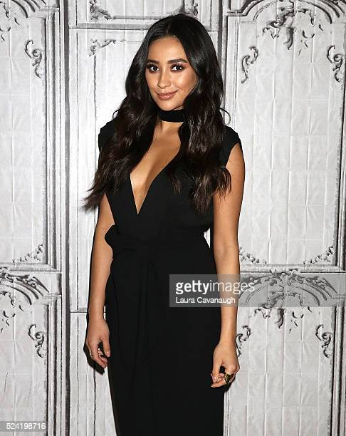 Shay Mitchell attends AOL Build Speaker Series to discuss 'Mother's Day' at AOL Studios In New York on April 25 2016 in New York City