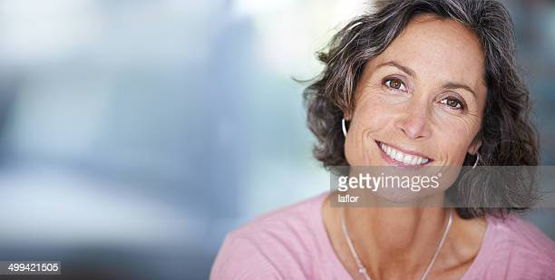she always shines with elegant beauty - pretty older women stock pictures, royalty-free photos & images