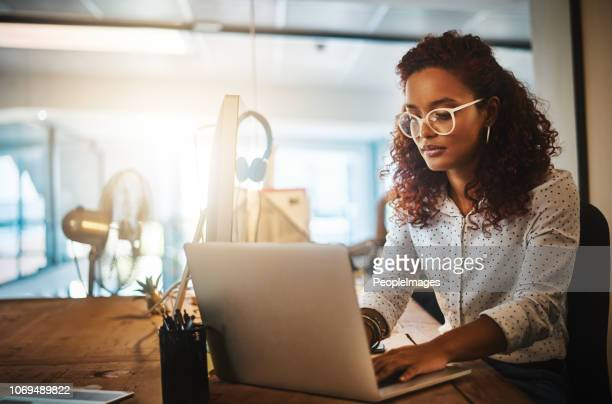 she gets it done whatever the hour - using computer stock pictures, royalty-free photos & images