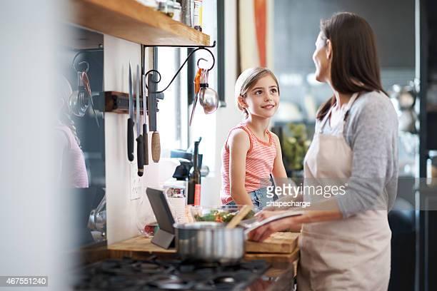 Sie liebt Sie Ihre Mutter Kochen