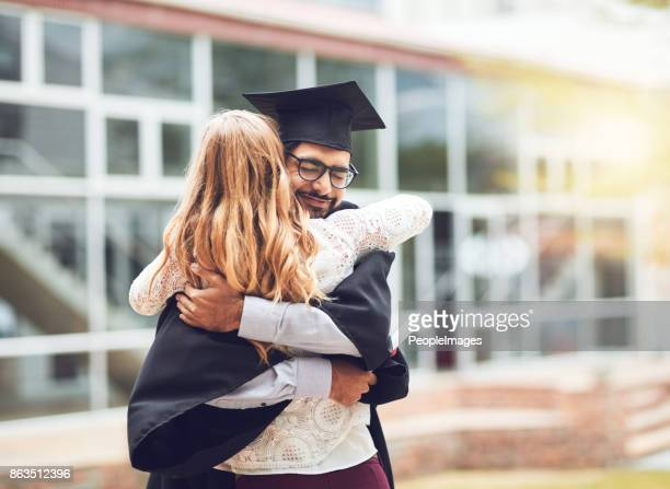 she supported me every step of the way - diploma foto e immagini stock