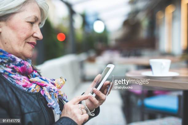 She uses smartphone to pay online