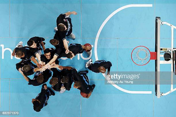 Shea Ili of the Breakers forms a team huddle prior to the round 16 NBL match between the New Zealand Breakers and the Perth Wildcats at Vector Arena...