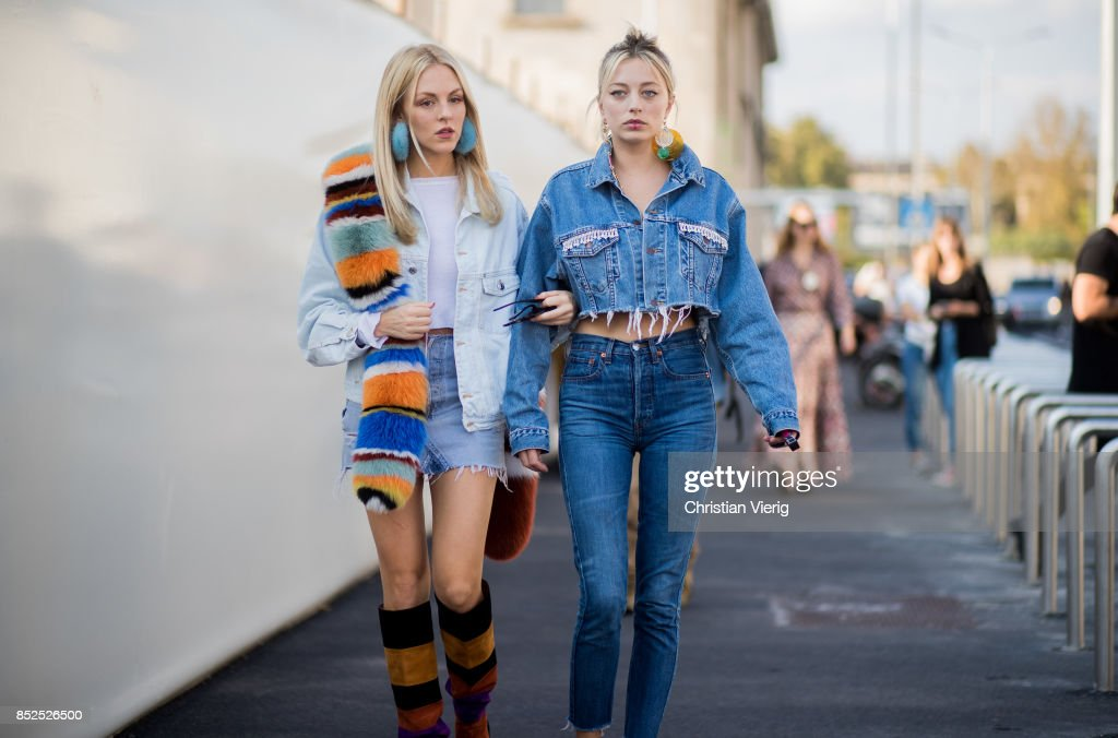 Street Style: September 23 - Milan Fashion Week Spring/Summer 2018 : Photo d'actualité