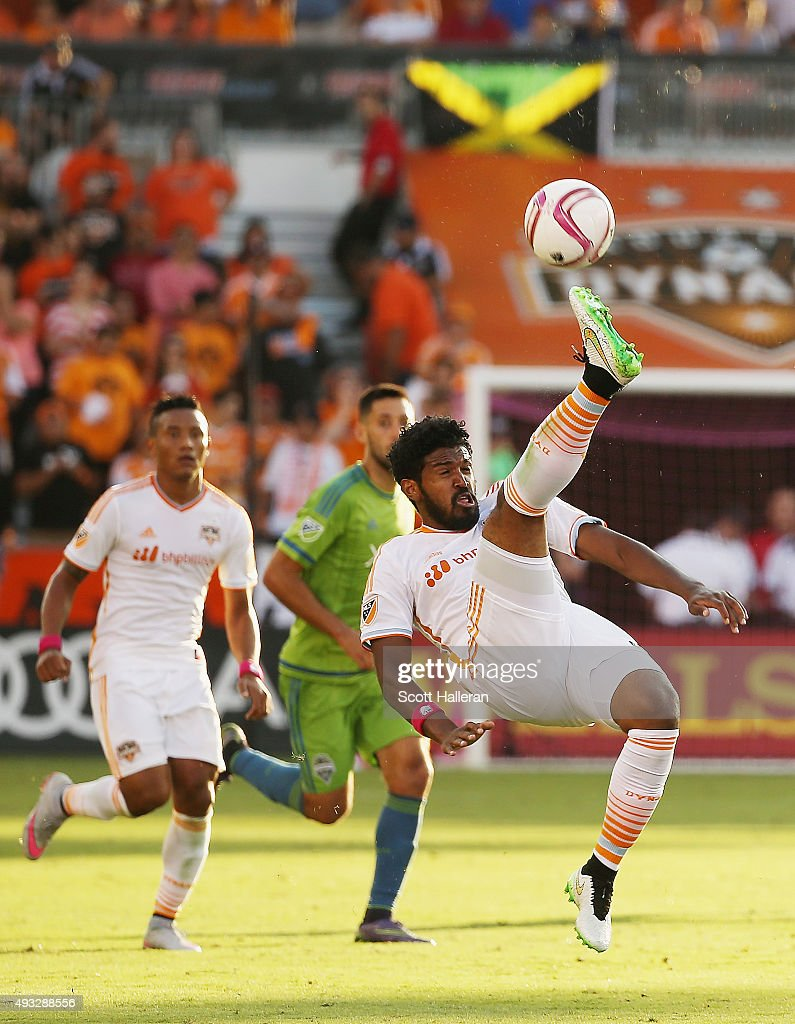 Sheanon Williams #22 of the Houston Dynamo kicks the ball in the second half of their game against the Seattle Sounders FC at BBVA Compass Stadium on October 18, 2015 in Houston, Texas.