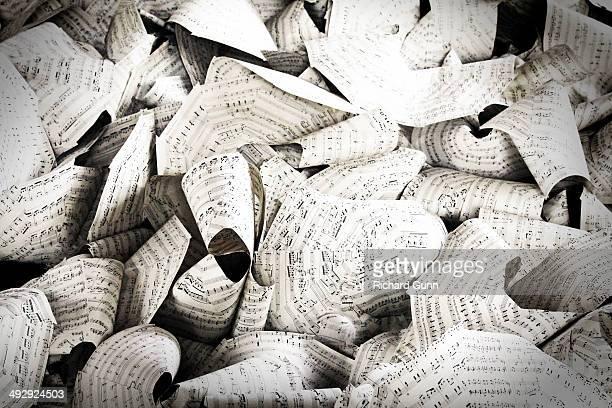 Sheet Music Leaves