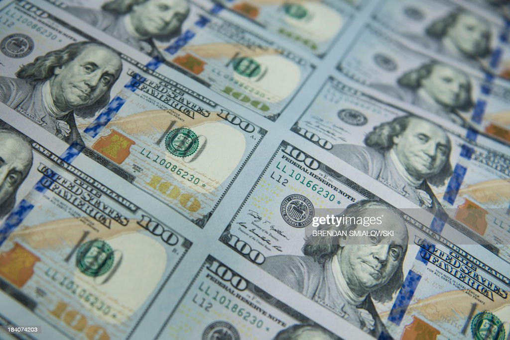 US-ECONOMY-CURRENCY : News Photo