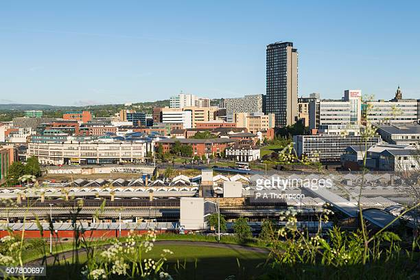 sheffield city skyline, england - sheffield - fotografias e filmes do acervo