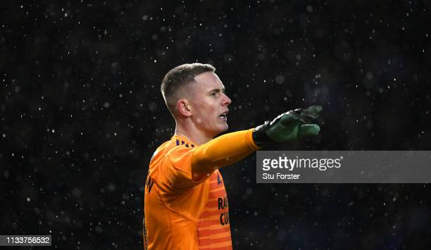 Sheffield United goalkeeper Dean Henderson in action during the Sky Bet Championship match between Sheffield Wednesday and Sheffield United at...