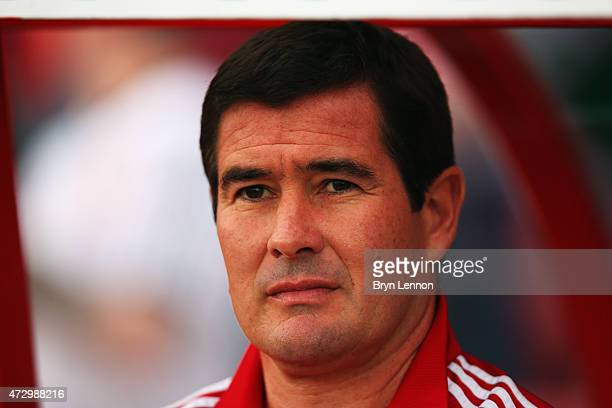 Sheffield United Manager Nigel Clough looks on prior to the Sky Bet League 1 Playoff SemiFinal between Swindon Town and Sheffiled United at County...