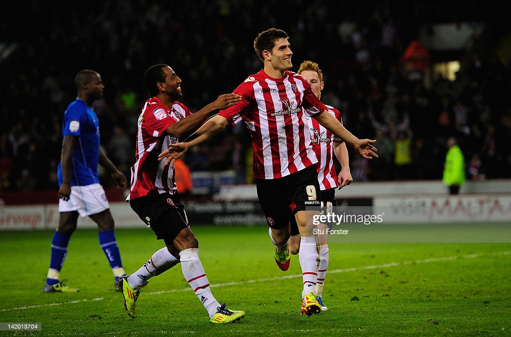 Sheffield United v Chesterfield - npower League One : News Photo