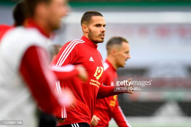 Sheffield United's English midfielder Jack Rodwell warms up prior to the English Premier League football match between Sheffield United and...