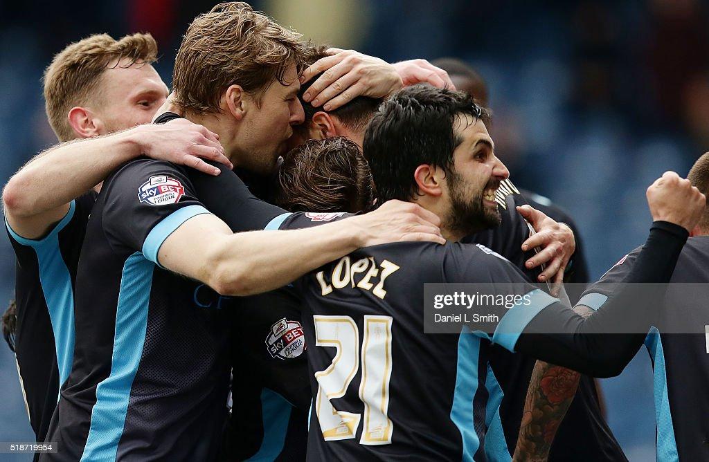 Huddersfield Town v Sheffield Wednesday - Sky Bet Championship : News Photo