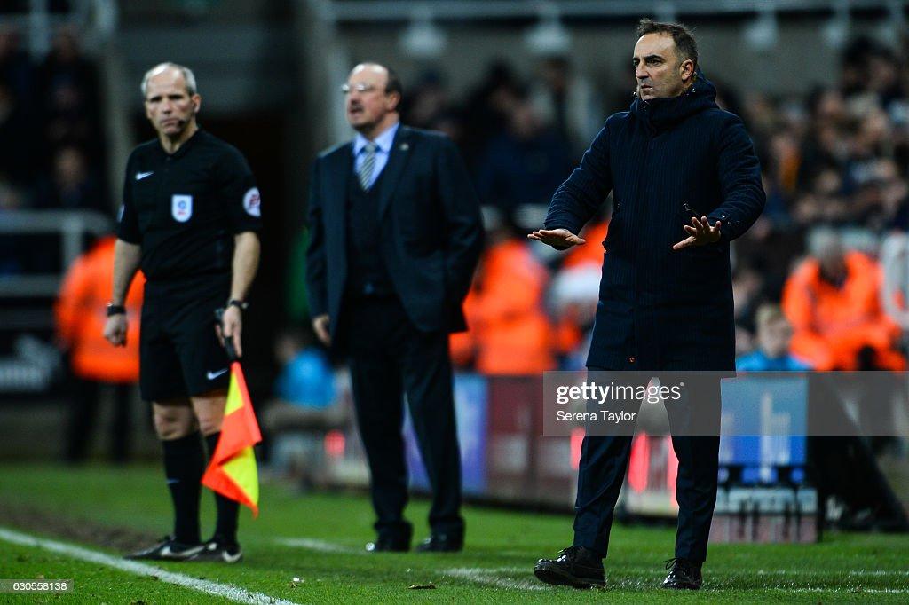 Newcastle United v Sheffield Wednesday - Sky Bet Championship : News Photo