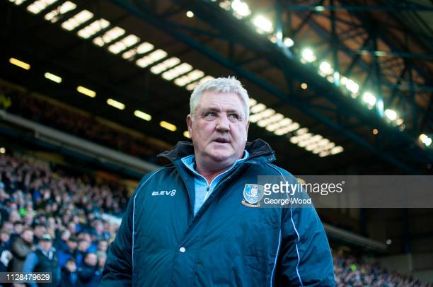 Sheffield Wednesday manager Steve Bruce looks on prior to the Sky Bet Championship match between Sheffield Wednesday and Reading at Hillsborough...