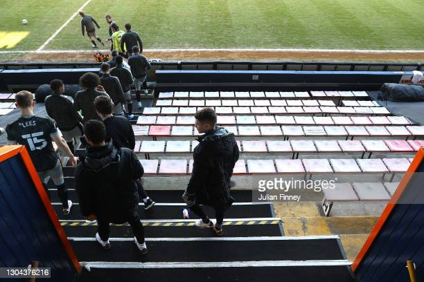 Sheffield Wednesday players walk out to the pitch prior to the Sky Bet Championship match between Luton Town and Sheffield Wednesday at Kenilworth...