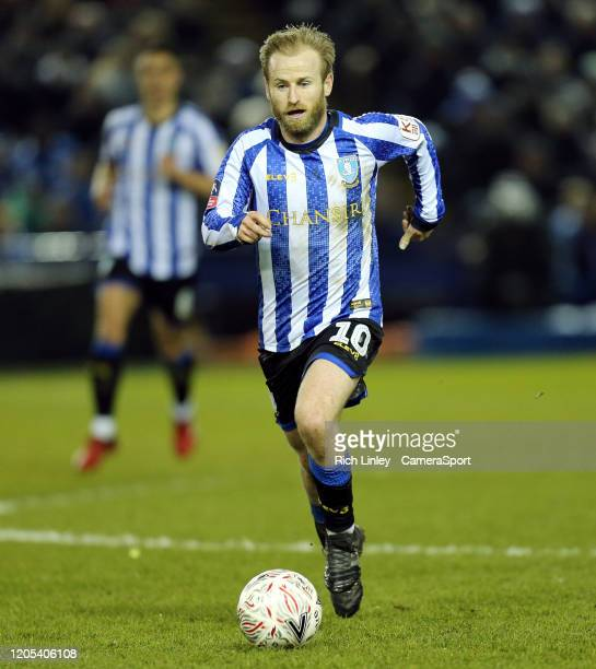 SHEFFIELD ENGLAND MARCH Sheffield Wednesday's Barry Bannan during the FA Cup Fifth Round match between Sheffield Wednesday and Manchester City at...