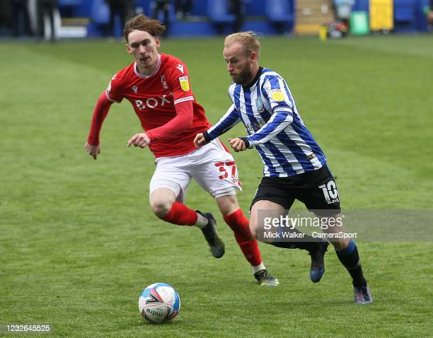 Sheffield Wednesday's Barry Bannan in action with Nottingham Forest's James Garner during the Sky Bet Championship match between Sheffield Wednesday...