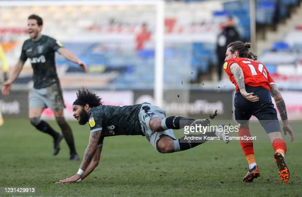 Sheffield Wednesday's Isaiah Brown competing with Luton Town's Glen Rea during the Sky Bet Championship match between Luton Town and Sheffield...