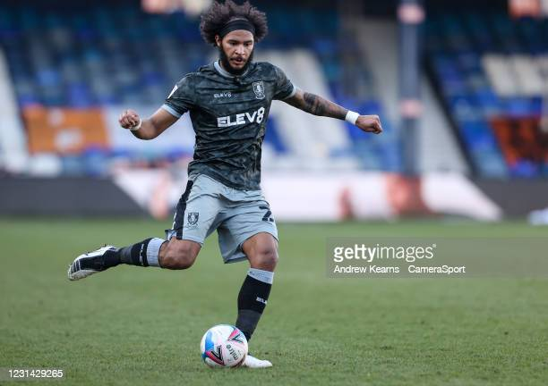 Sheffield Wednesday's Isaiah Brown crosses during the Sky Bet Championship match between Luton Town and Sheffield Wednesday at Kenilworth Road on...