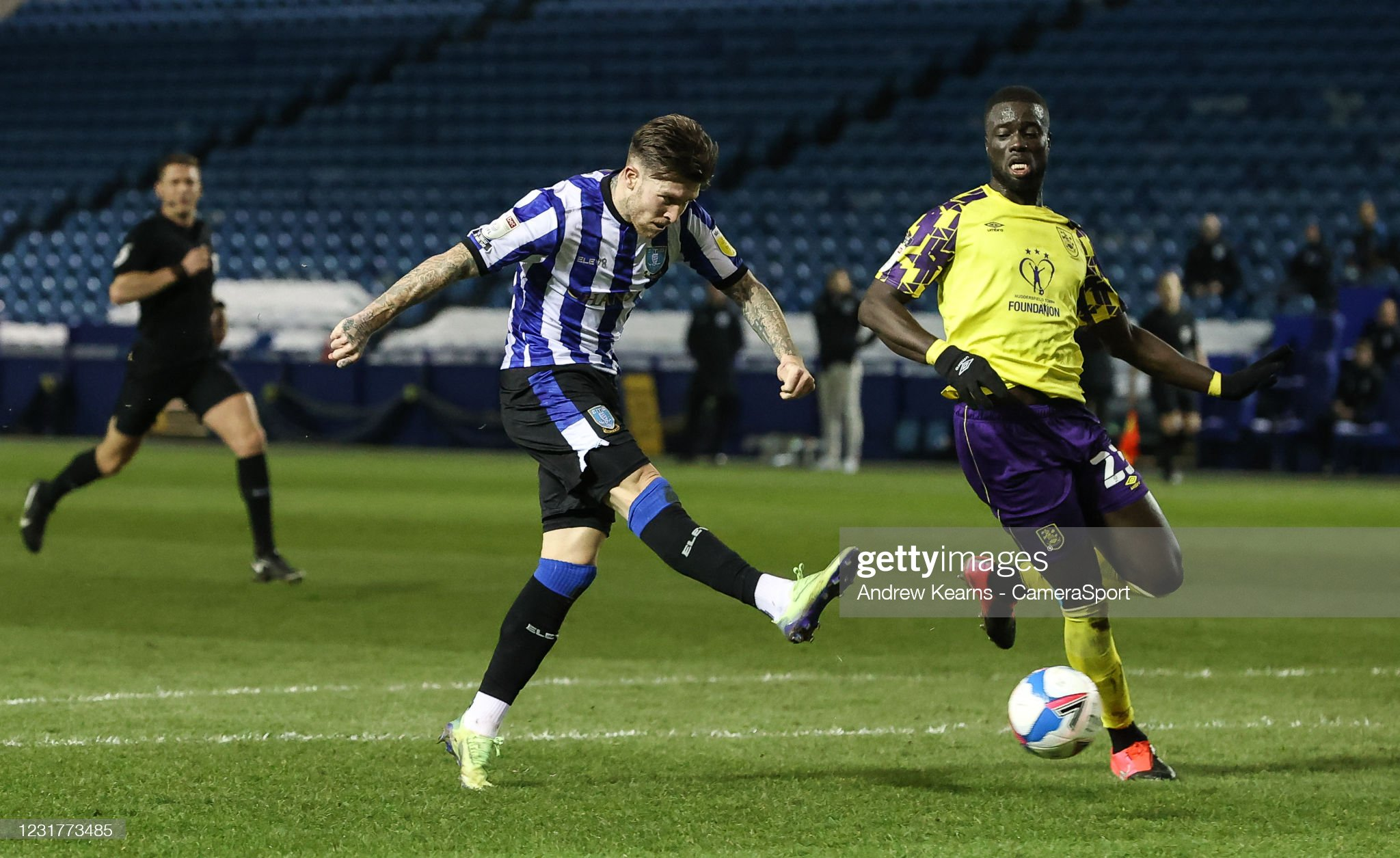 Sheffield Wednesday v Huddersfield Town - Sky Bet Championship : News Photo