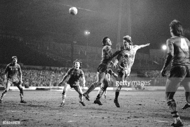 Sheffield Wednesday's Lee Chapman beats Chelsea's Joey McLaughlin to head the ball goalwards watched by Chelsea's Mickey Thomas