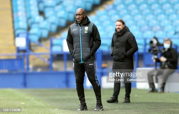 Sheffield Wednesday's manager Darren Moore watches on from his techncal area during the Sky Bet Championship match between Sheffield Wednesday and...