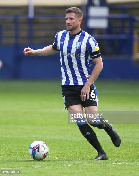 Sheffield Wednesday's Sam Hutchinson during the Sky Bet Championship match between Sheffield Wednesday and Nottingham Forest at Hillsborough Stadium...